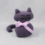 Lawendowy Ląd Dark purple cat scented cuddly toy