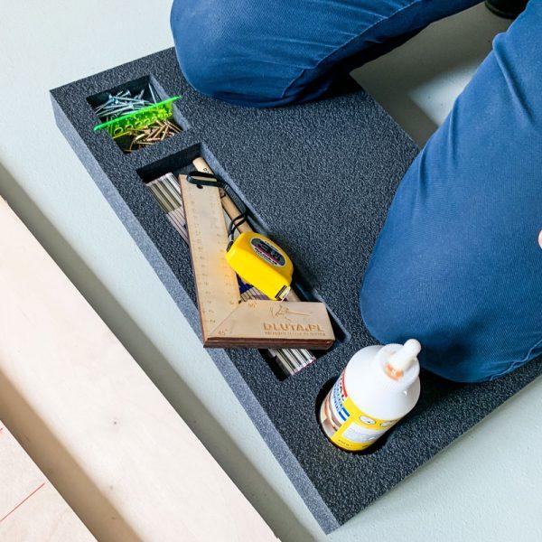 LeanCraft Podkładka 500x300x50 mm pod kolana z 3 kieszeniami na narzędzia