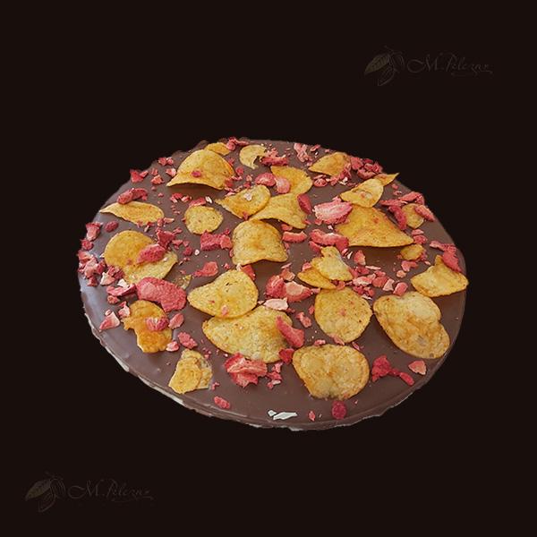 M.Pelczar Czekoladowa Pizza z chipsami i truskawkami 400g