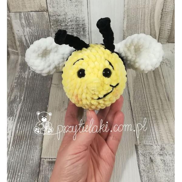 Przytulaki Przytulanka szydełkowa Pszczółka