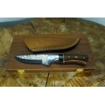 Ztefan Damascus steel knife NM-026 set with an exotic wood box