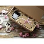 Zestaw prezentowy - świeca i dwa pachnidełka do szafy